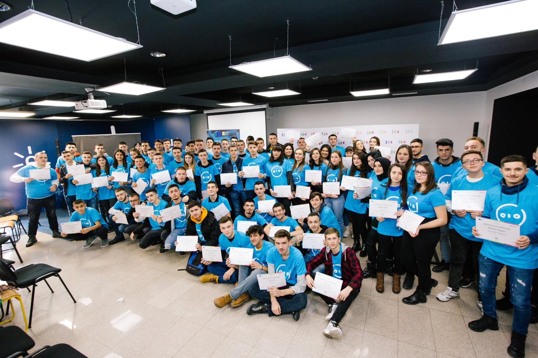 81 nxënës gati për tregun e punës në sektorin e TIK