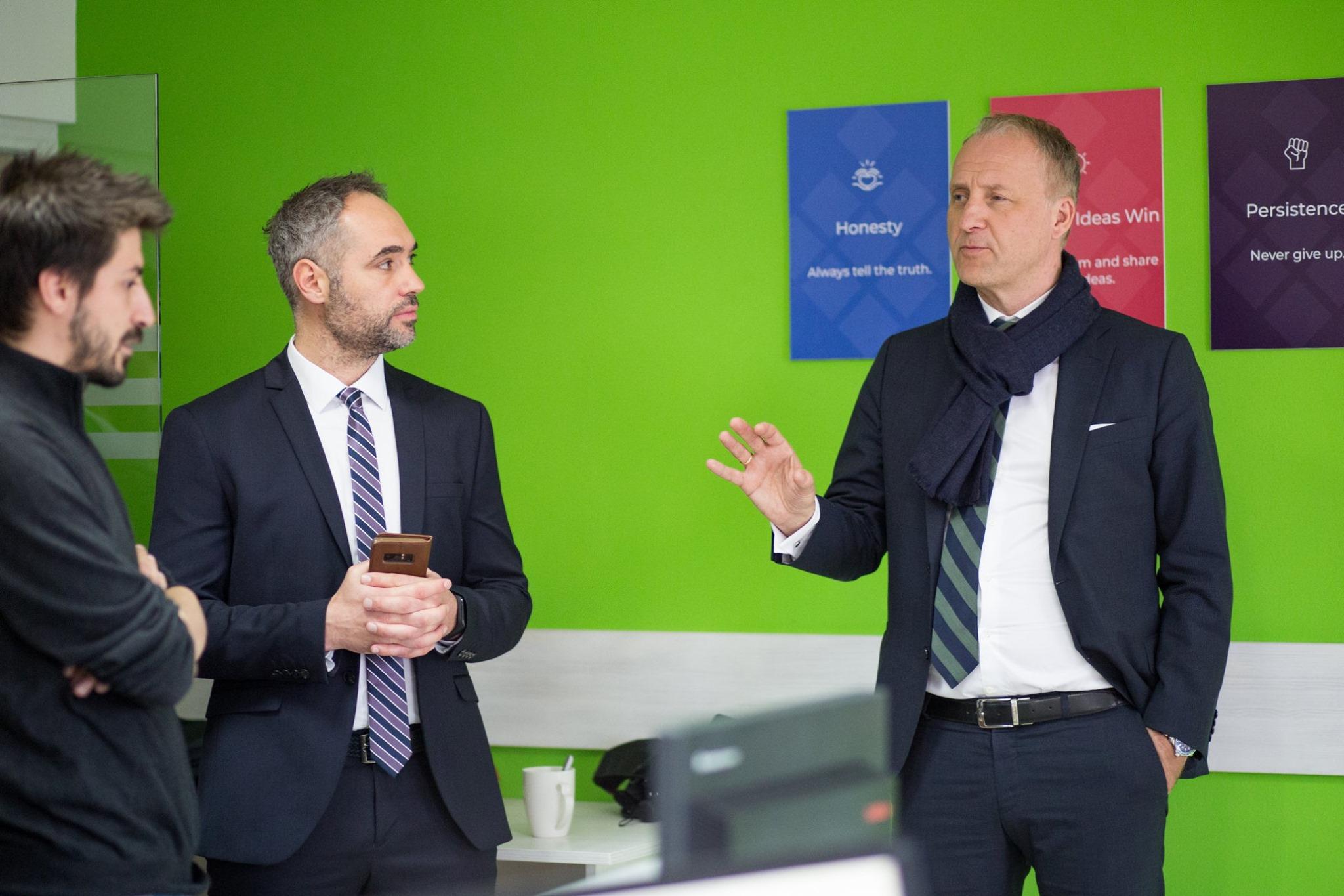 Ambasada e Norvegjisë dhe ICK ndihmojnë bizneset startup dhe sektorin e TIK