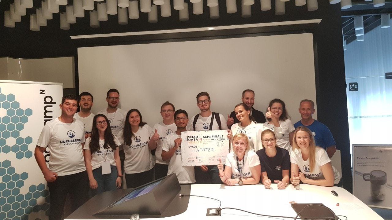 """Ekipi nga Kosova triumfon në garën """"Smart Data in Health"""" të mbështetur nga SIEMENS dhe Novartis"""