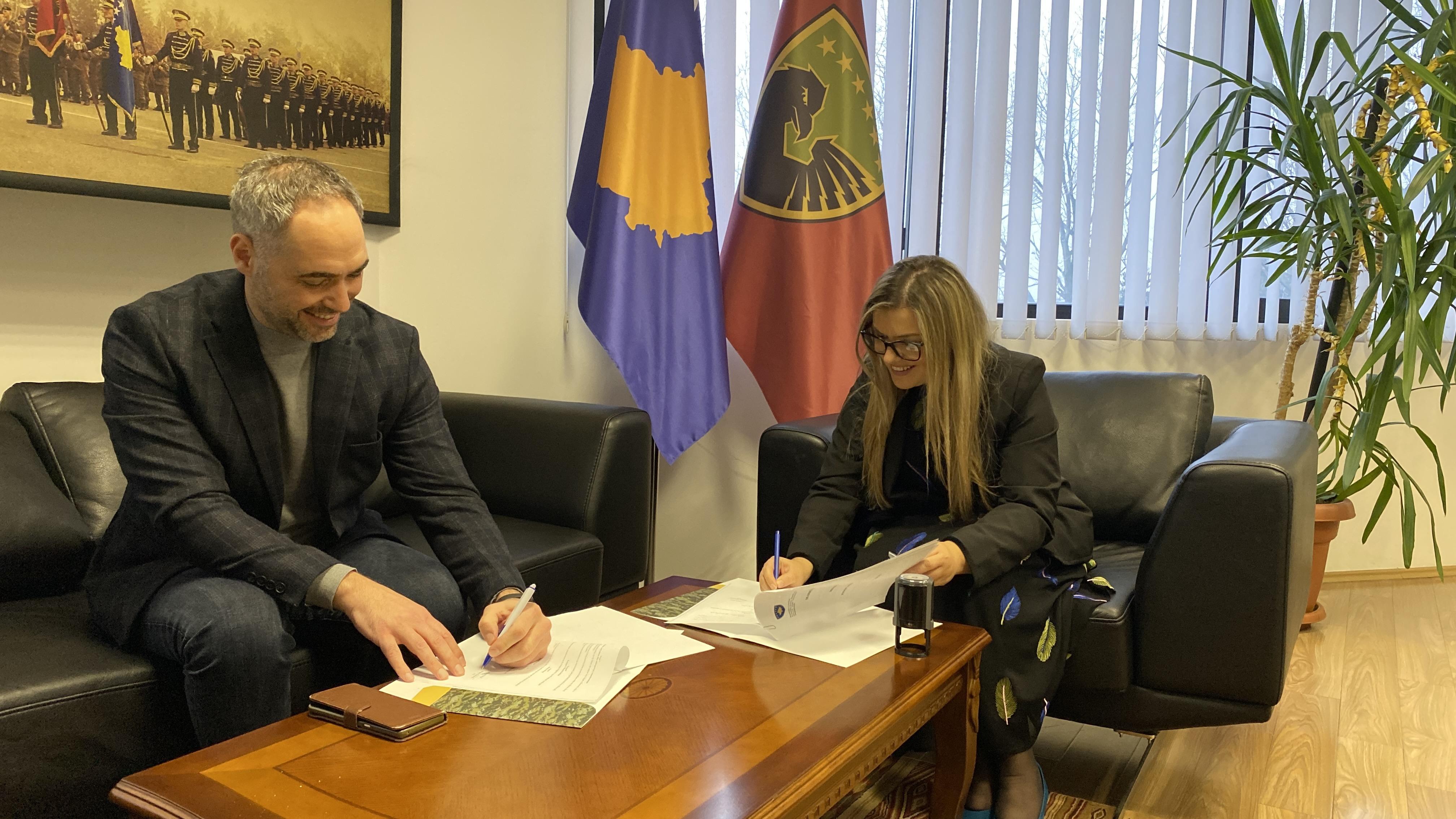 ICK dhe Ministria e Mbrojtjes e Kosovës me marrëveshje bashkëpunimi