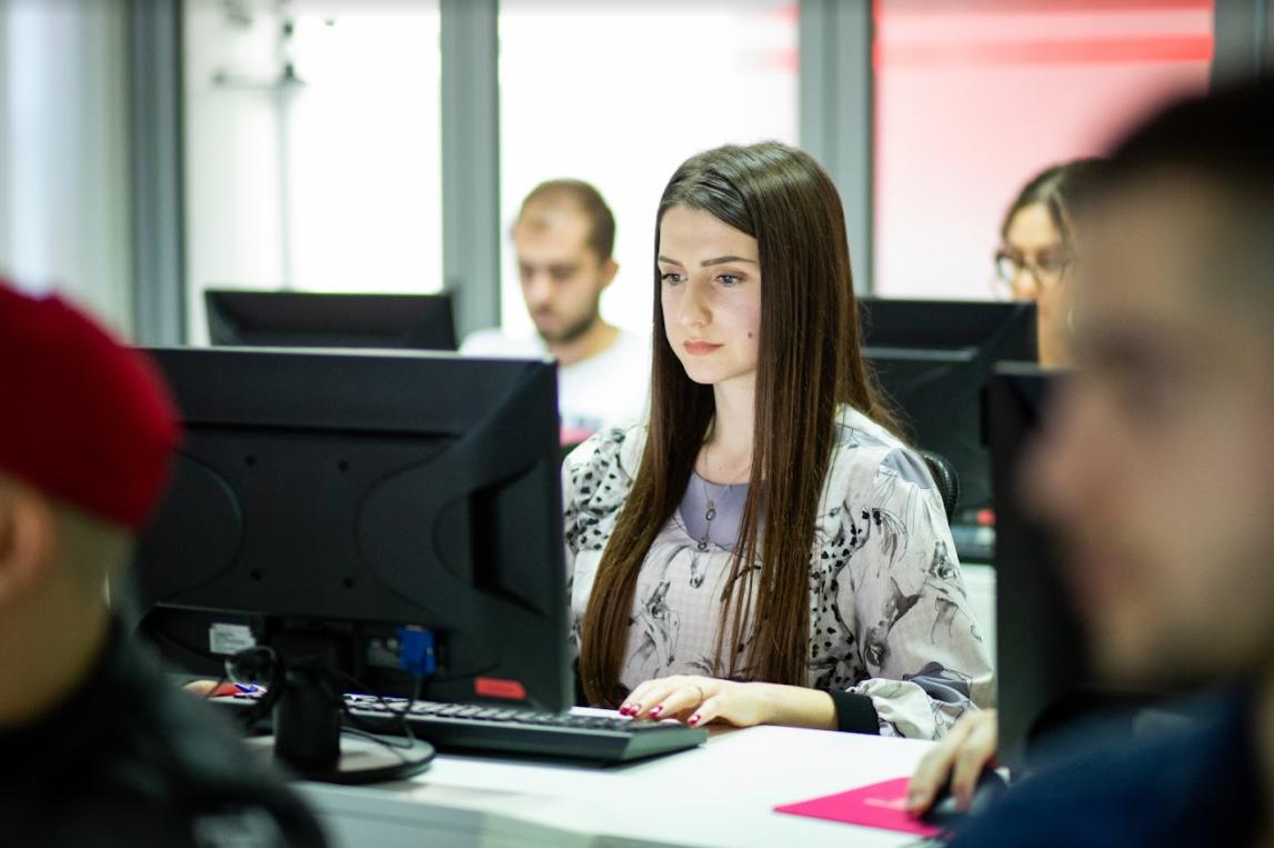 RI-SHPALLJE e Ftesë për shprehje të interesit për ofrues të trajnimeve Flutter dhe JavaScript