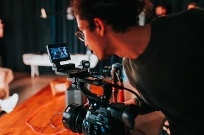 Ri-Shpallje e Ftesës për ofertim - Zhvillimi i videove profesionale