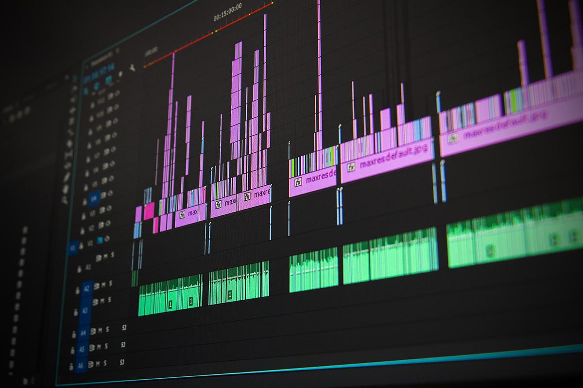 Ftesë publike për Shprehje të Interesit për Ofrues të Trajnimit Profesional në Video Editing Fundamentals!